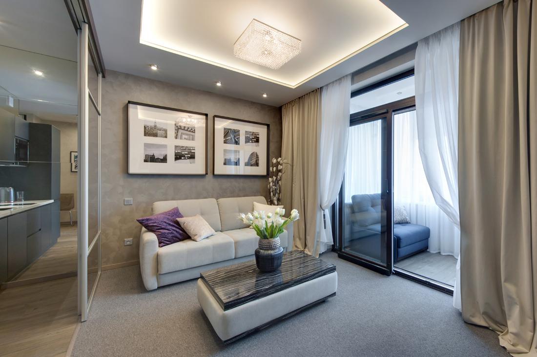 Использование пространства балкона для увеличения объема ком.